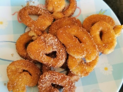 Lockdown recipe country fair donuts